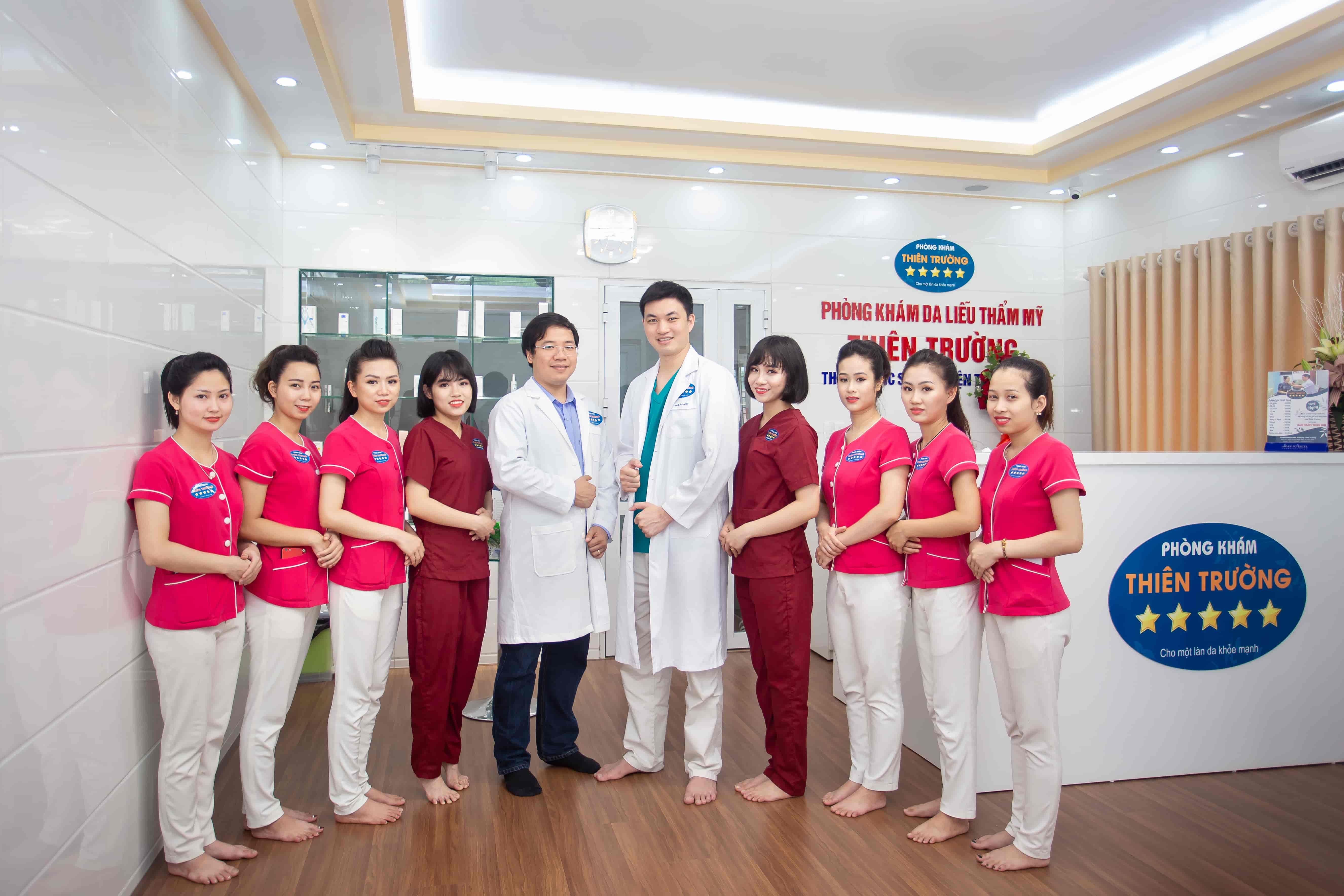 Hình ảnh: Đội ngũ y bác sĩ tại Phòng khám da liễu thẩm mỹ Thiên Trường